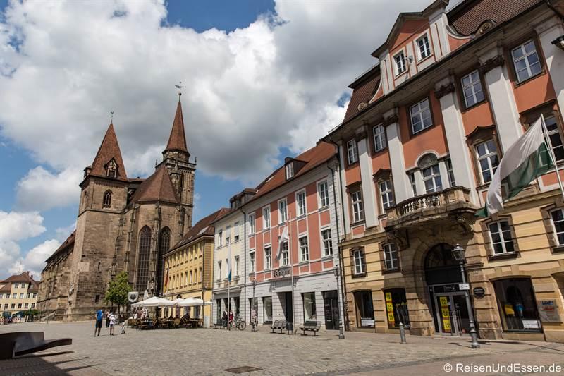 Martin-Luther-Platz und Kirche St. Johannis