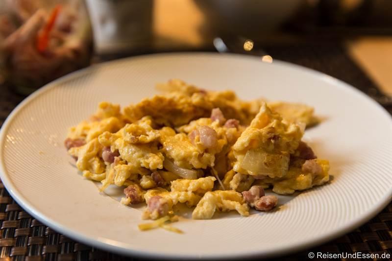 Frühstück mit Ei im Hotel Schwarzer Bock in Ansbach