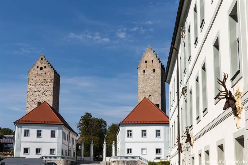 Hirschgeweihe am Schloss Hirschberg