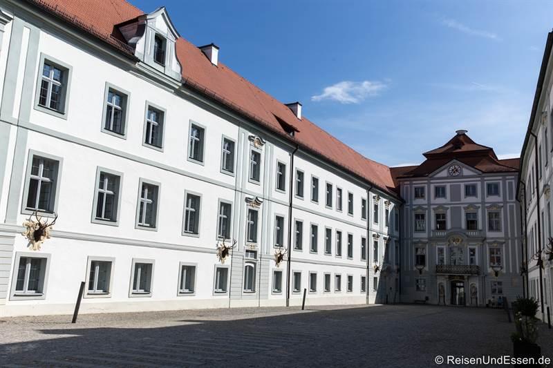 Innenhof von Schloss Hirschberg