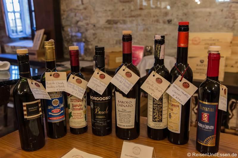 Auswahl von Barolo im Castello Bravour