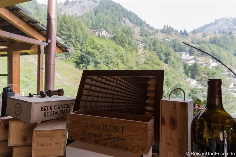 Aussicht vom Restaurant La Meiro auf die Berge