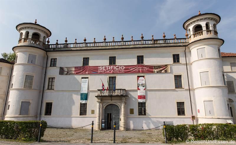 Museum für Seidenweberei in Caraglio im Piemont