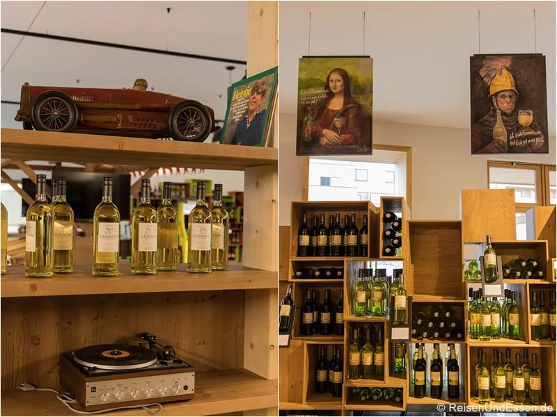 Auswahl an Weinen in Römmerts Weinwelt in Volkach