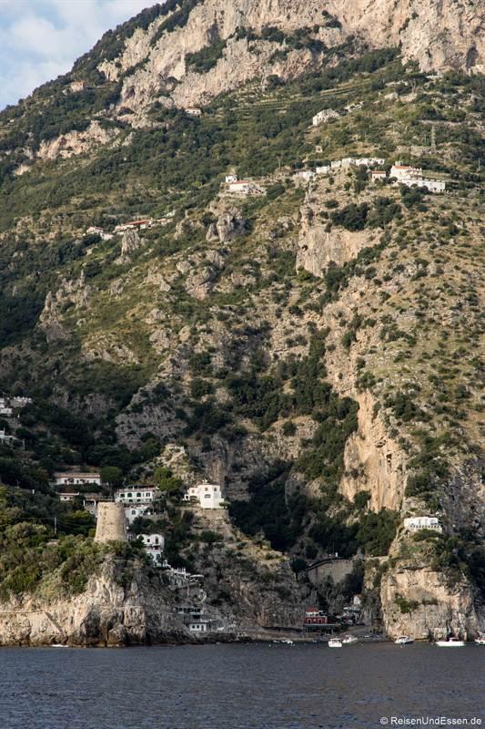 Enge Bucht an der Amalfiküste in Italien