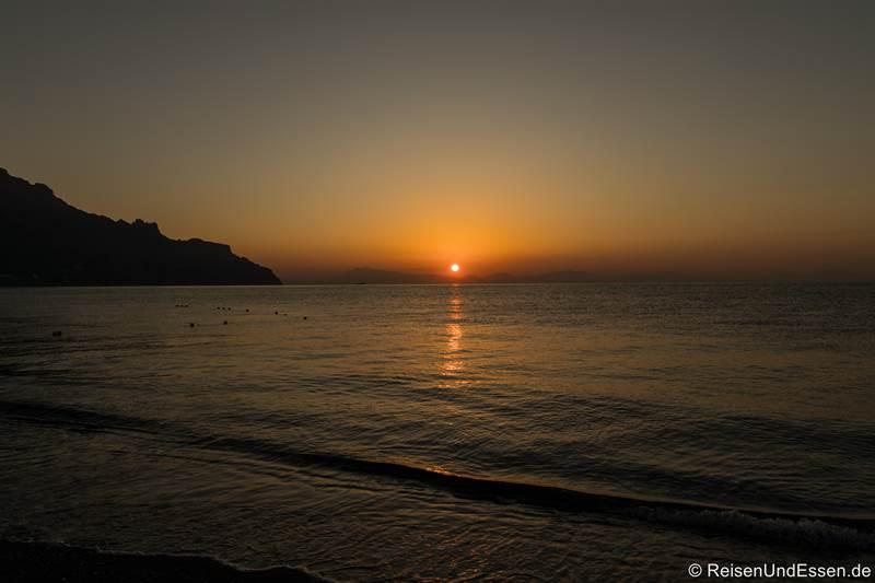 Sonnenaufgang in Atrani an der Amalfiküste