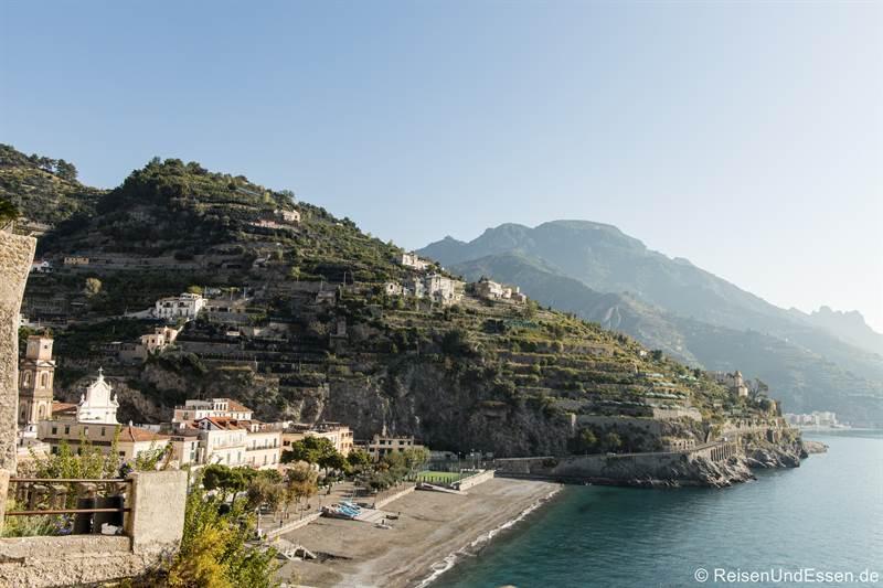 Strand von Minori an der Amalfiküste