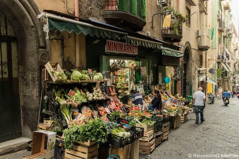 Alimentari in der Altstadt von Neapel