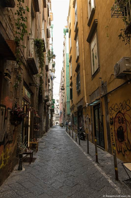 Gasse Seminario dei Nobili im Centro Storico in Neapel