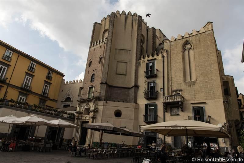Kirche San Domenico Maggiore im Centro Storico in Neapel