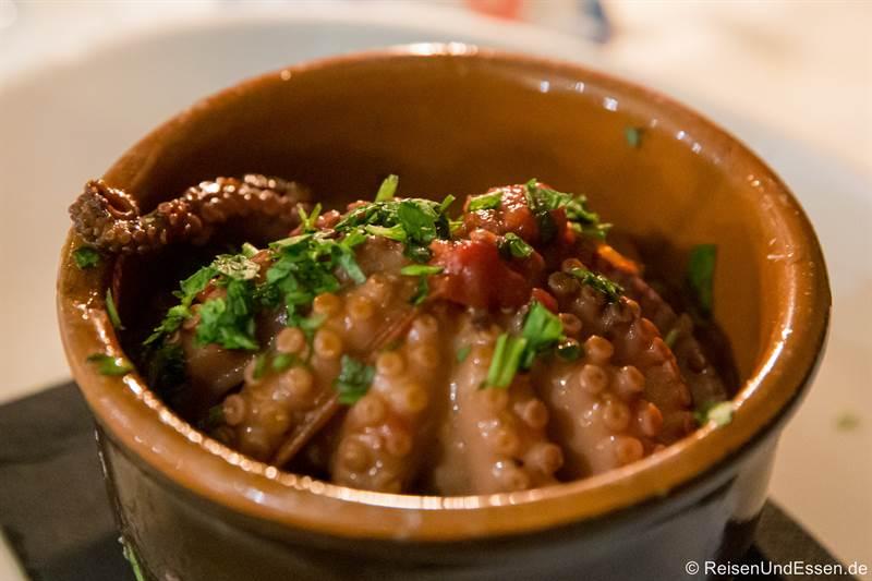 Oktopus Luciana - Essen in Neapel
