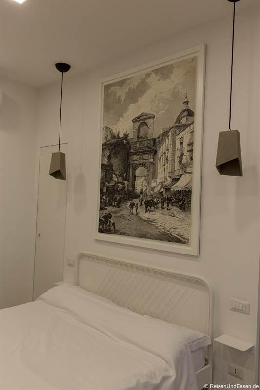 Bett in unserer Ferienwohnung - Übernachten in Neapel