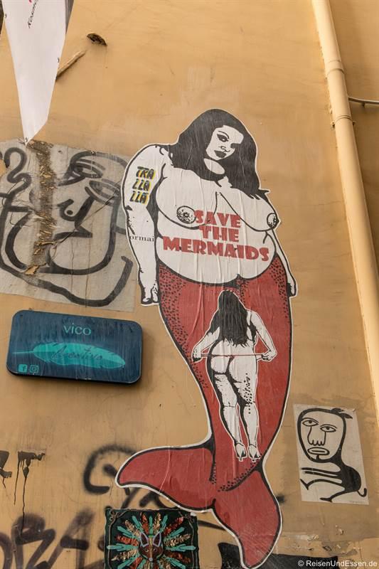 Graffiti mit Meerjungfrau in Neapel