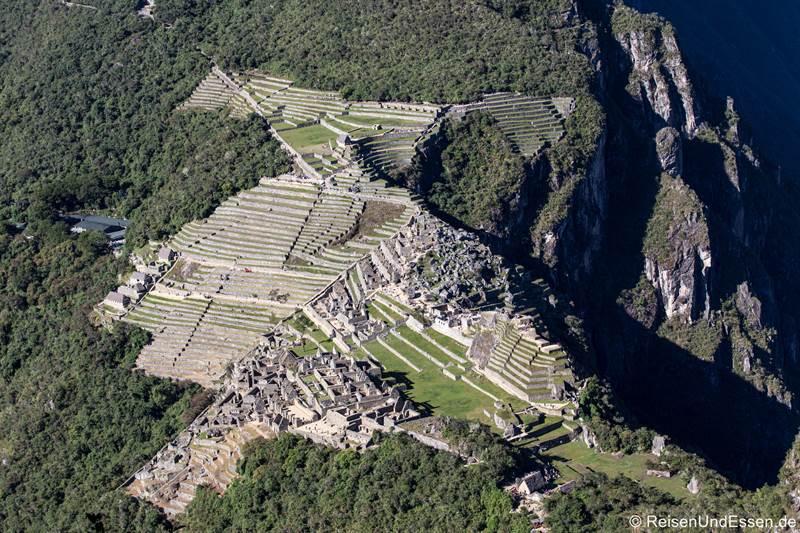 Blick vom Huayna Picchu auf Machu Picchu