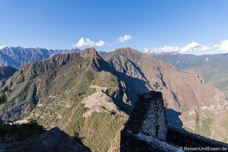 Aussicht vom Huayna Picchu auf Mountaña