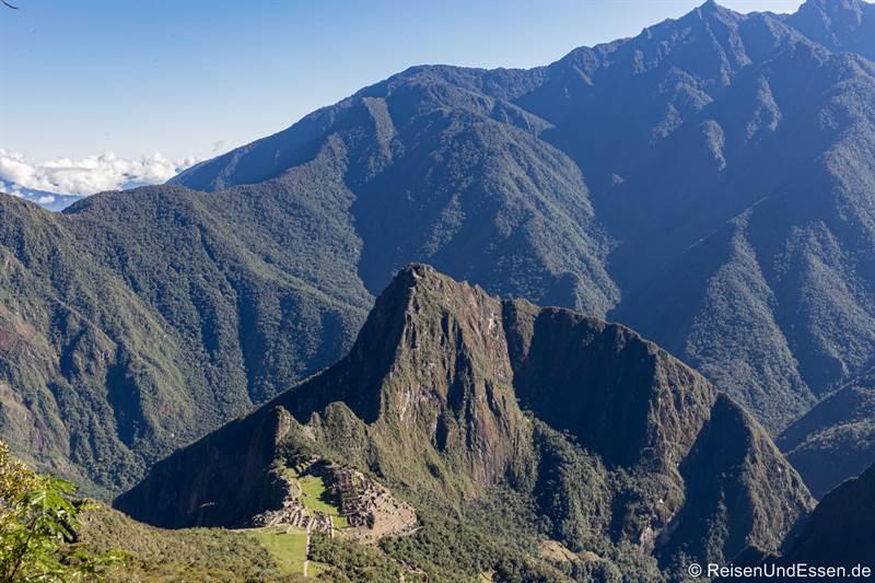 Blick auf Machu Picchu vom Montaña