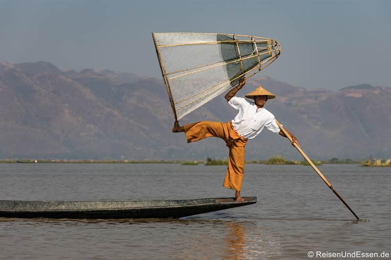 Fischer auf dem Inlesee - Sehenswürdigkeiten in Myanmar
