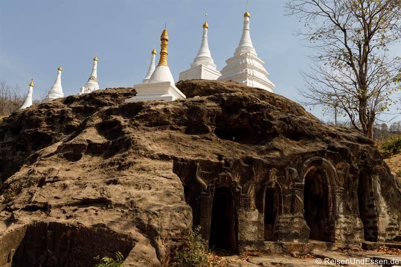 Höhlen und Stupas in Hpo Win Daung