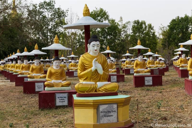 Buddhas am Po-Khaung-Hügel