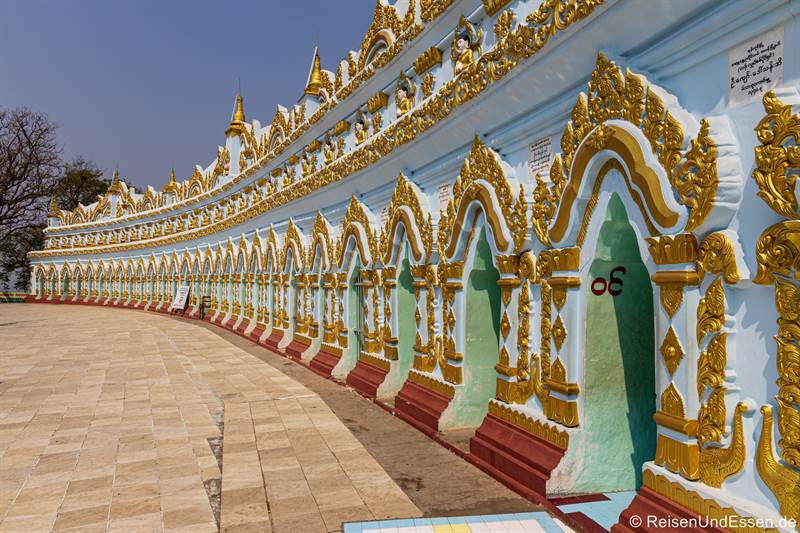 U Min Thonze-Pagode in Sagaing bei Mandalay