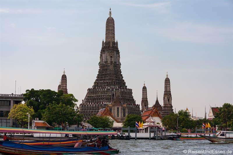 Wat Arun in Bangkok - Tempel der Morgenröte