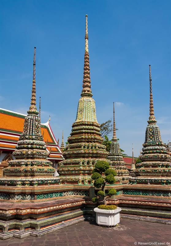 Vier große Chedis im Wat Pho
