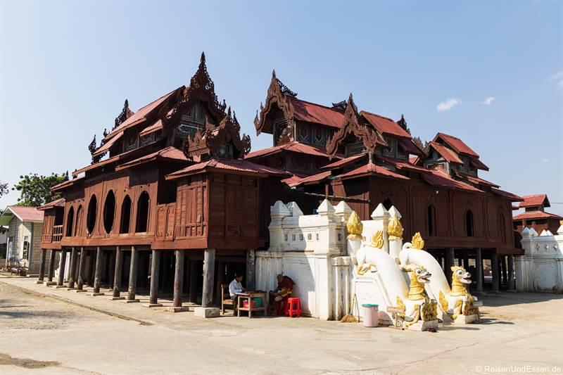 Shwe-Yan-Pyay-Kloster am Inle-See in Myanmar
