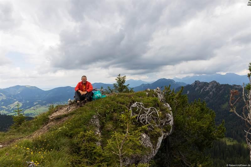 Pause beim Aufstieg auf den Teufelstättkopf in den Ammergauer Alpen