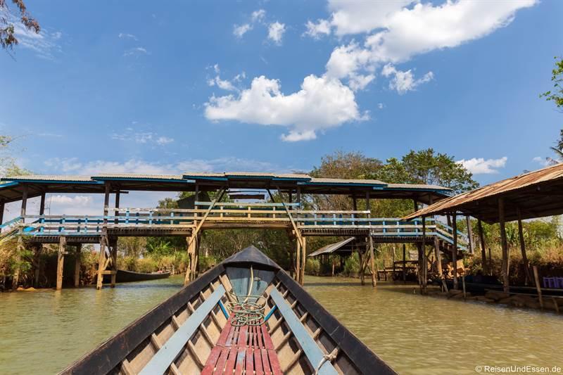 Brücke bei der Fahrt vom Inle-See nach Indein