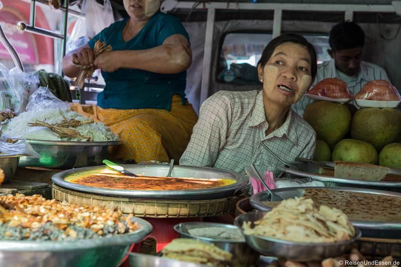 Essensstand in Yangon