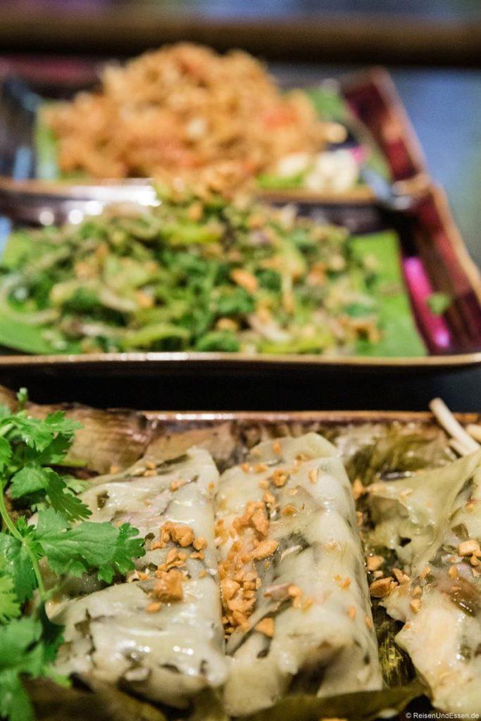 Essen im Shan Kitchen in Yangon