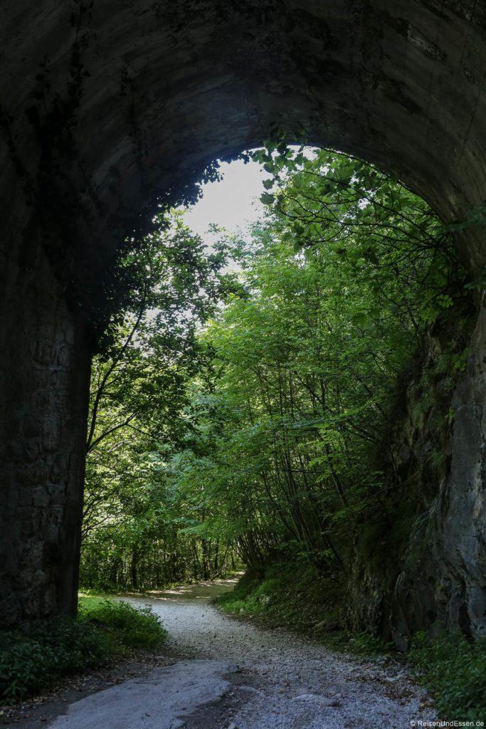 Antica Via del Ponale zwischen Biacesa di Ledro und Ponale Alto Belvedere