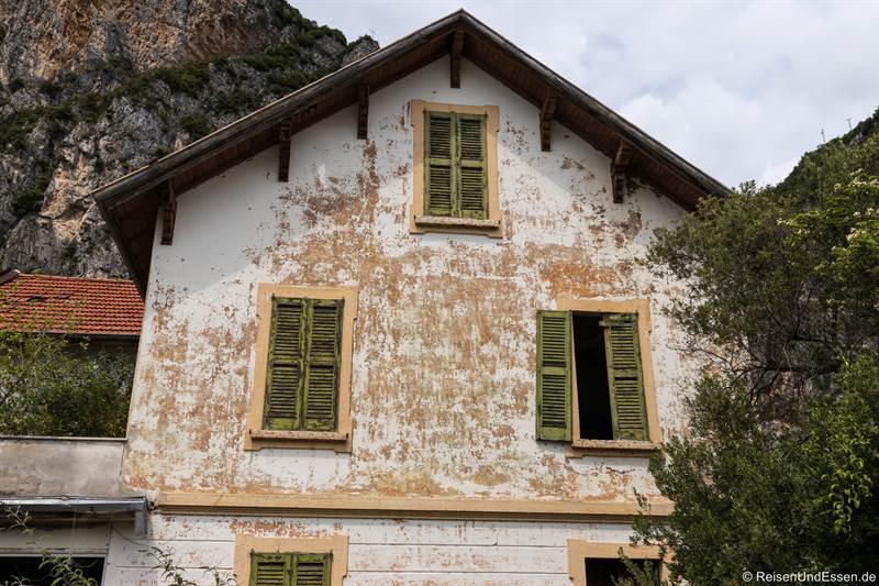 Verlassenes Haus in Campione am Gardasee
