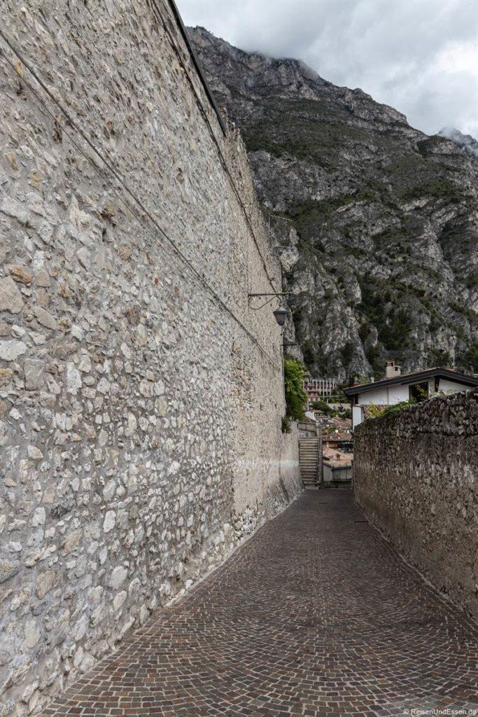 Mauer in Limone sul Garda am Gardasee