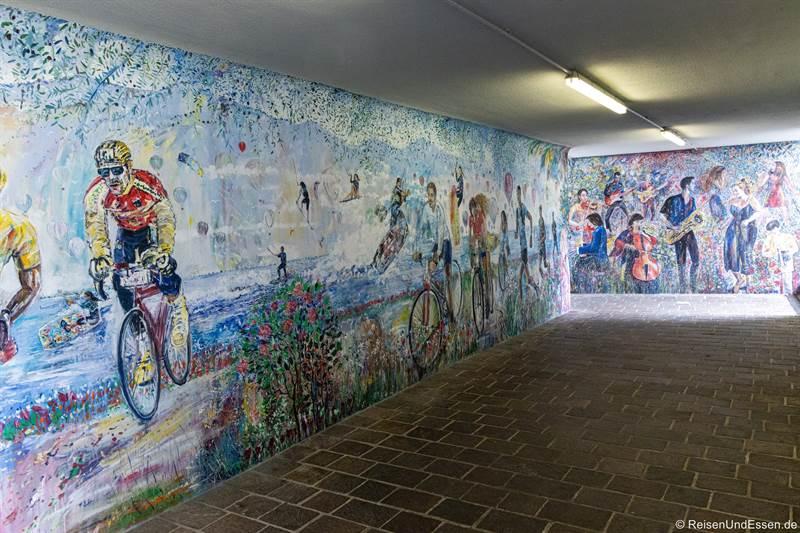 Graffiti in einer Unterführung in Limone sul Garda