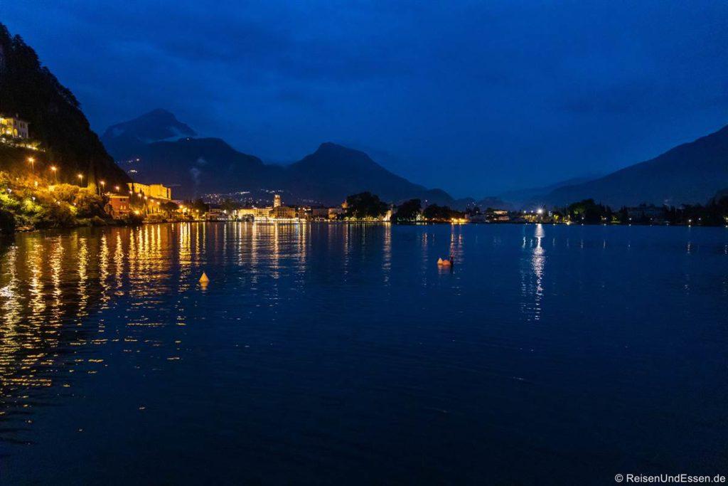 Riva del Garda zur Blauen Stunde