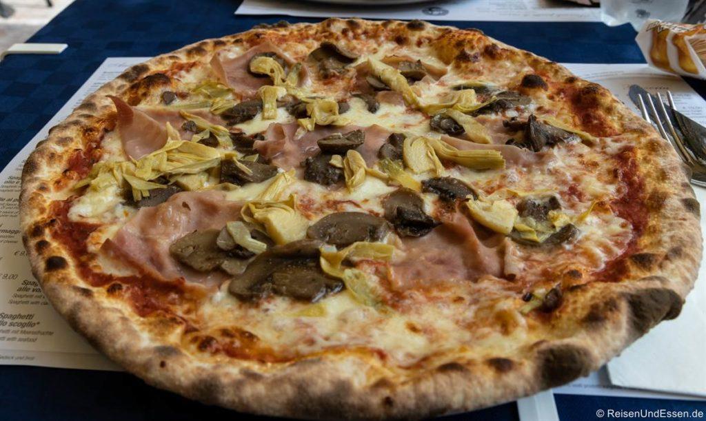Pizza in Riva del Garda