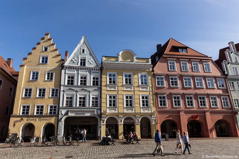 Altstadt 260 mit Walmdach und Arkaden