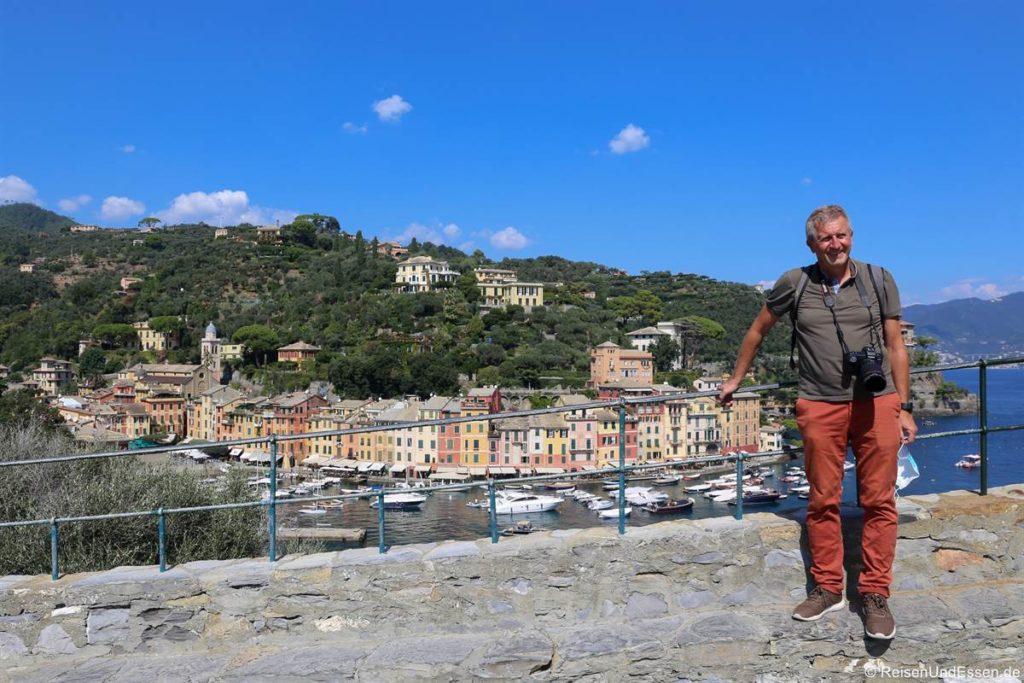 Fotostopp am Aussichtspunkt bei der Kirche San Giorgio