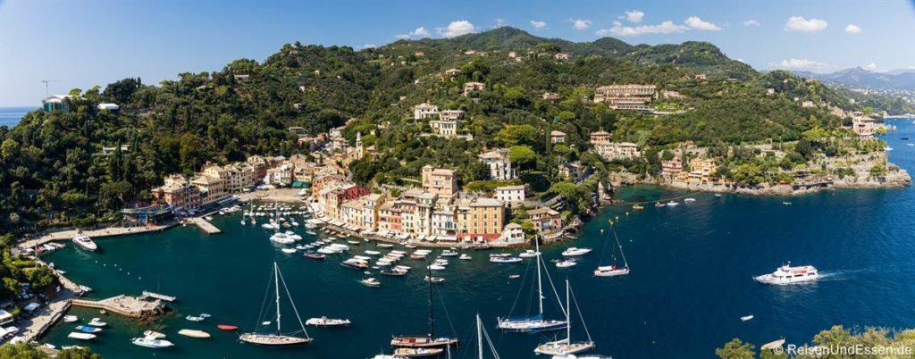 Panoramablick auf Portofino in Italien