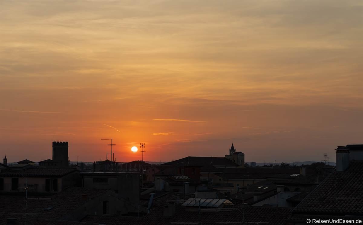 Sonnenuntergang von der Rooftop Bar im Hotel Milano