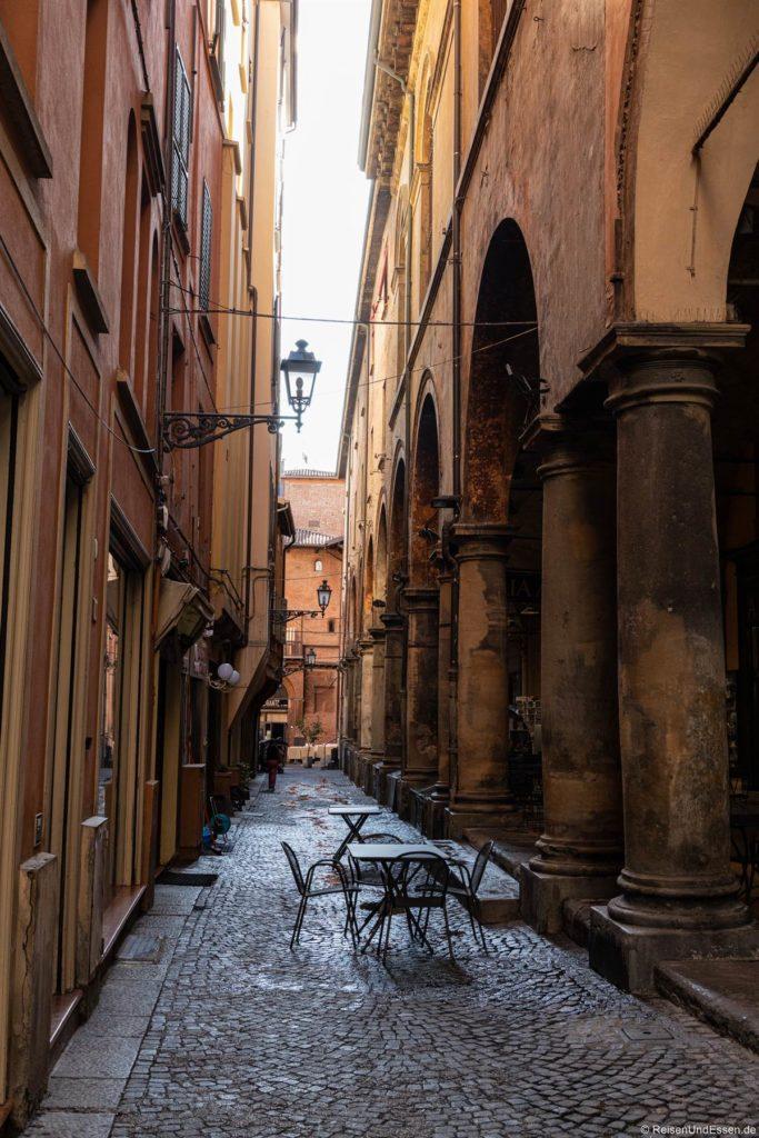 Gasse - Sehenswürdigkeiten in Bologna