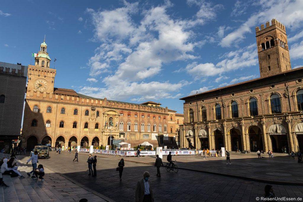 Piazza Maggiore - Sehenswürdigkeiten in Bologna