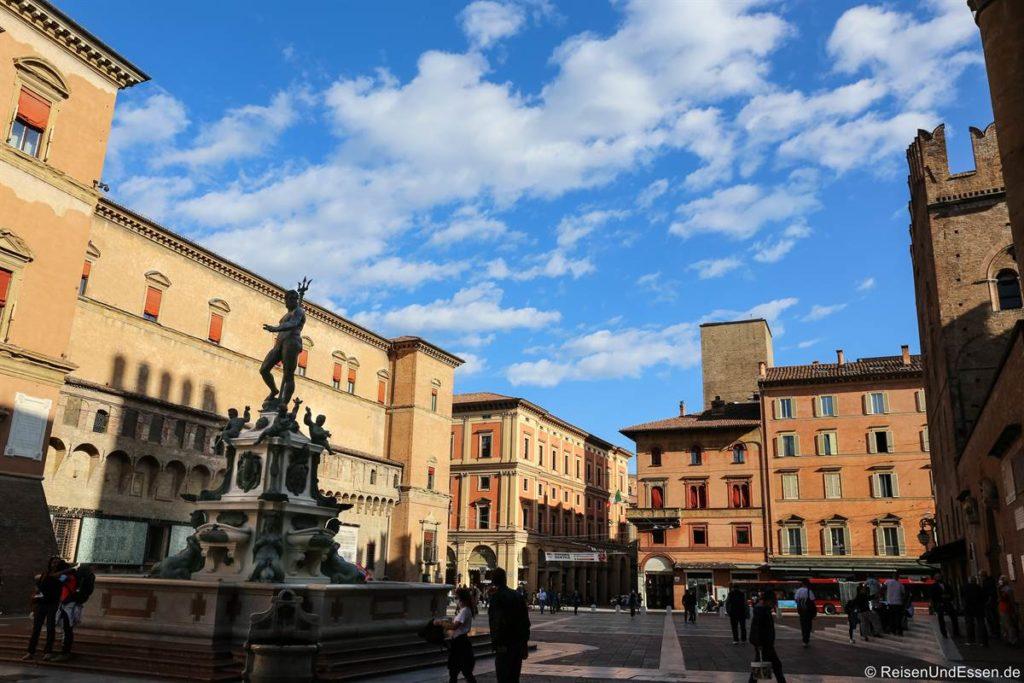 Piazza del Nettuno - Sehenswürdigkeiten in Bologna