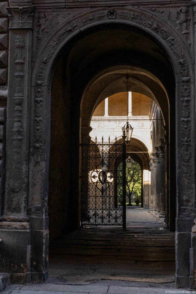 Eingang zu einem Innenhof