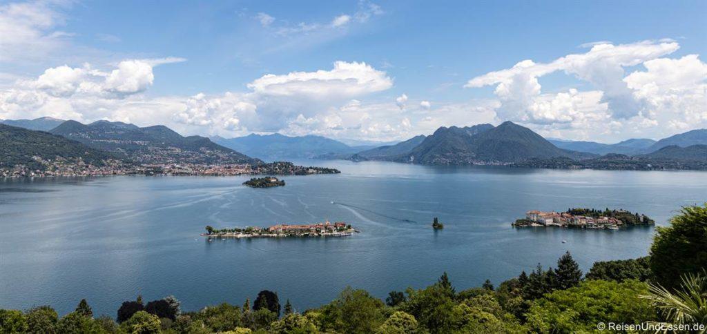 Blick auf die borromäischen Inseln im Lago Maggiore