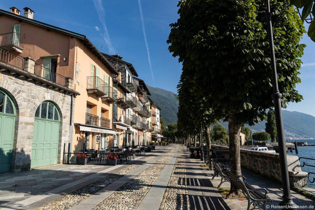 Uferpromenade in Cannobio am Lago Maggiore