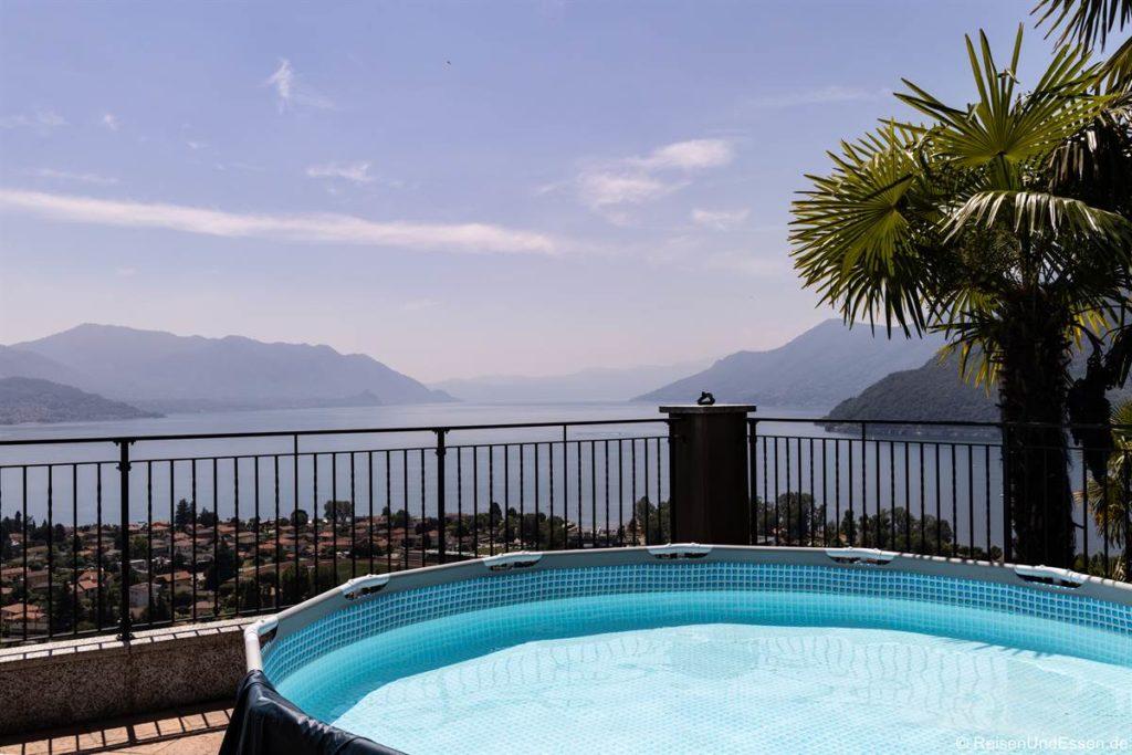 Pool in der Ferienwohnung in Maccagno