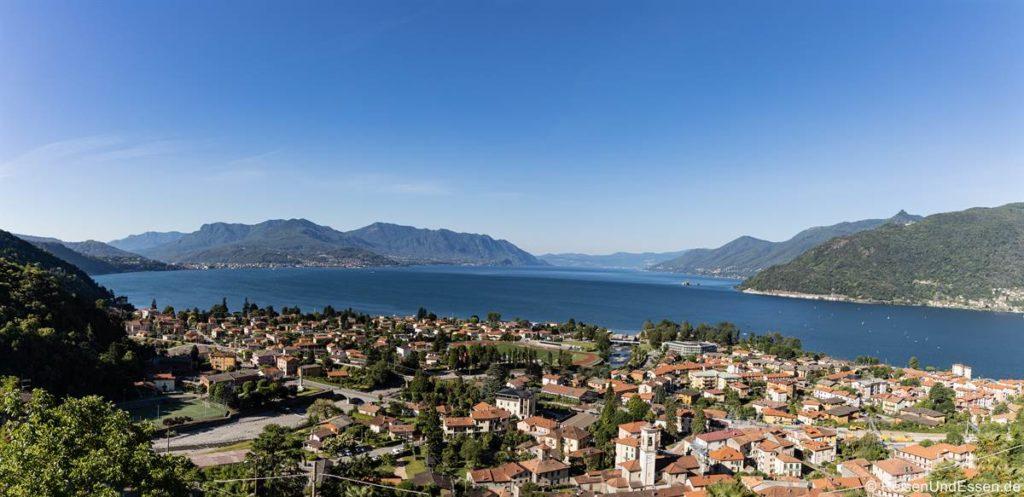 Panoramablick von Maccagno auf Lago Lago Maggiore