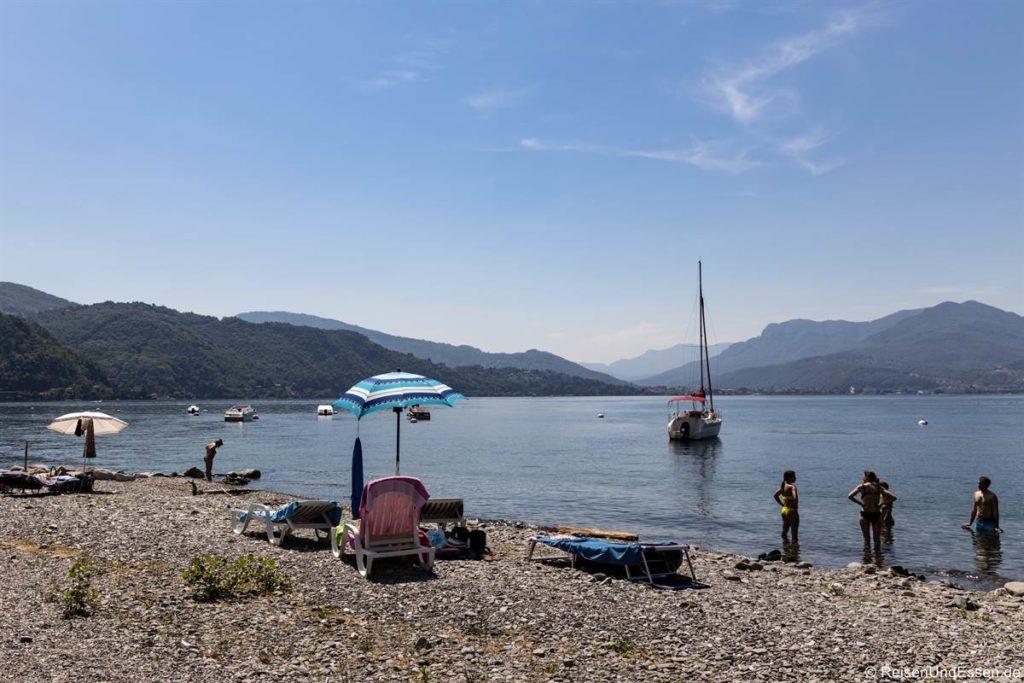 Strand in Maccagno am Lago Maggiore